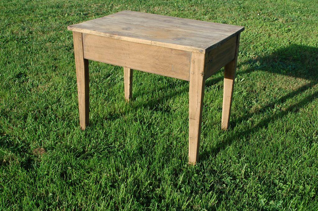 Table basse Bois massif Ancien meuble chevillé