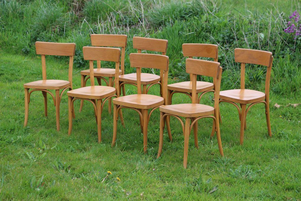 chaises bistrot ancienne en bois czechoslovakia pointbroc. Black Bedroom Furniture Sets. Home Design Ideas